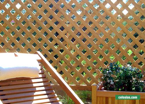 Fotograf as de celosias de madera for Celosia de madera para jardin